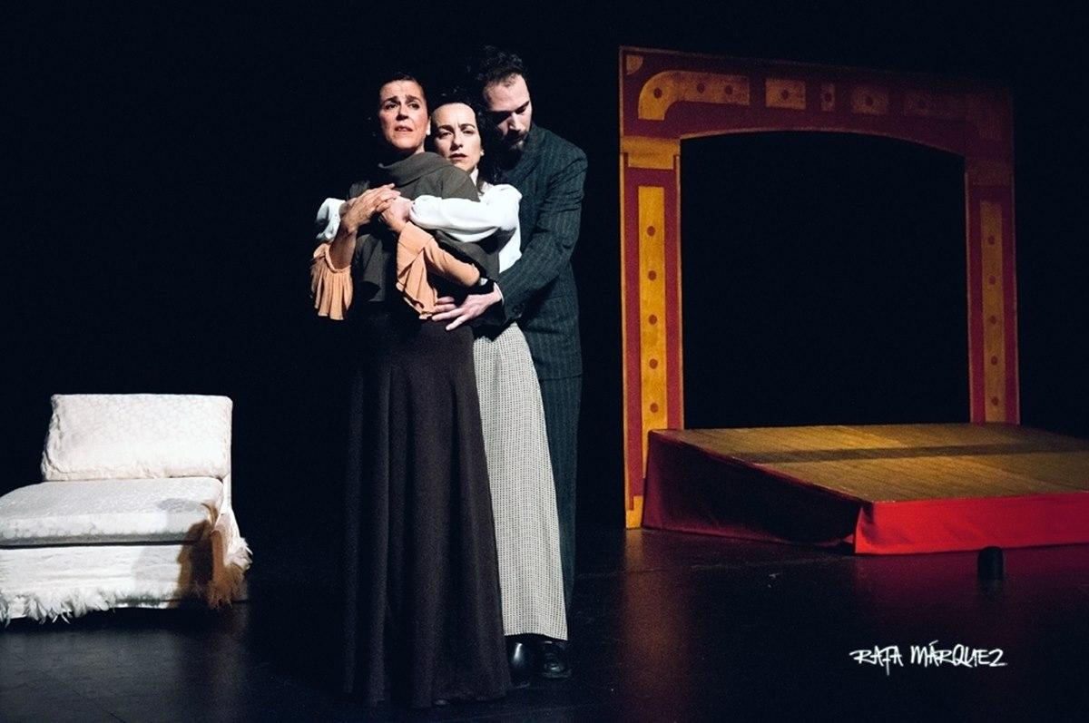 """""""Neva"""" en el Teatro Villa de Molina"""