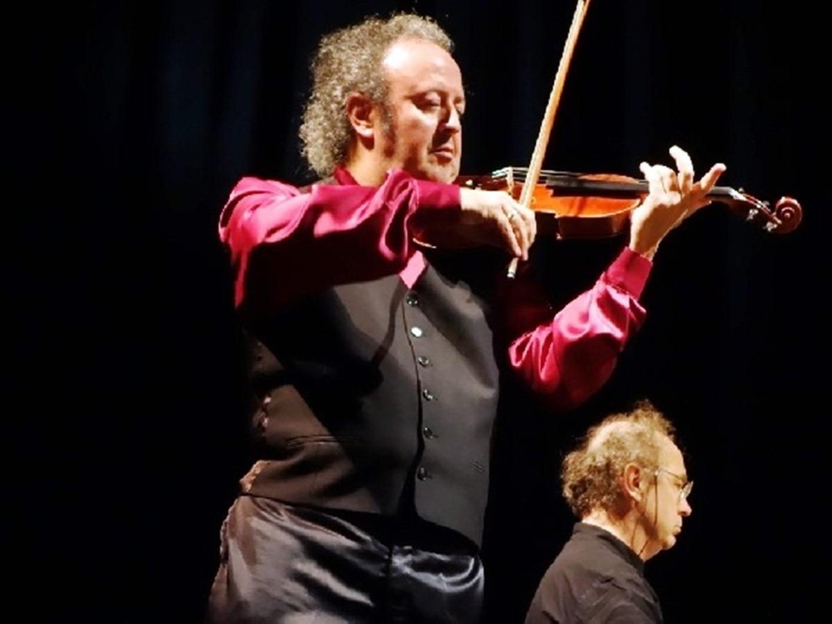 Un violín americano: música de películas para violín y piano