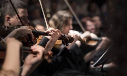 La Asociación Orquesta de Cuerda Hims Mola firma un convenio con el Ayuntamiento