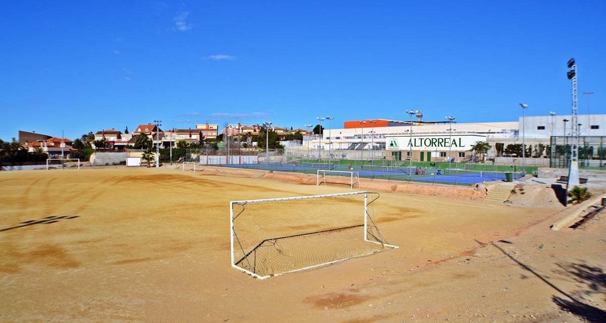 Adjudicada la obra de instalación de césped artificial en el campo de fútbol de Altorreal