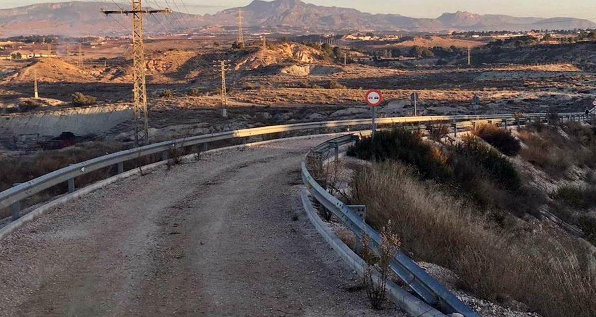 La carretera entre Altorreal y Las Salinas es una realidad