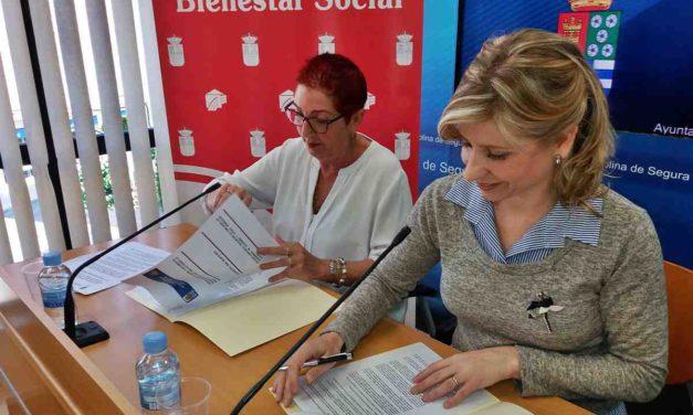 El Ayuntamiento firma un convenio con AFAD para la atención de enfermos de Alzheimer
