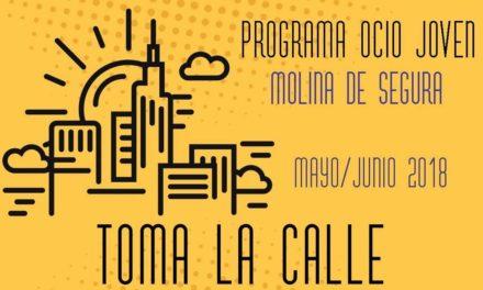 """Los jóvenes """"toman la calle"""" en Molina de Segura"""