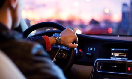 7 de cada 10 conductores suspenderían el examen teórico