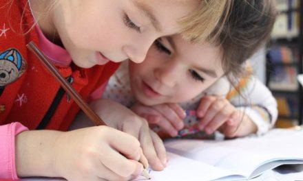 Aula Cervantes, un nuevo servicio de clases de español para menores extranjeros