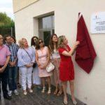 La Alcayna inaugura dos nuevas salas en su consultorio médico