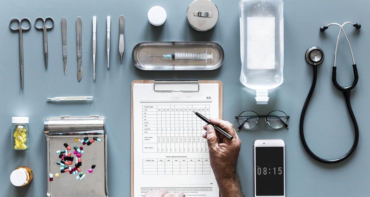 Diez de cada 100 ingresos hospitalarios presentan problemas con la medicación