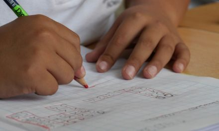 Cuatro familias cuentan cómo fue la elección de colegio para sus hijos