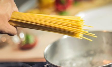 ¿Es recomendable cenar pasta o arroz?