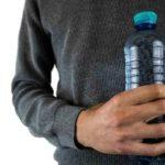 ¿Cuántas veces se puede rellenar una botella de plástico de agua antes de tirarla?