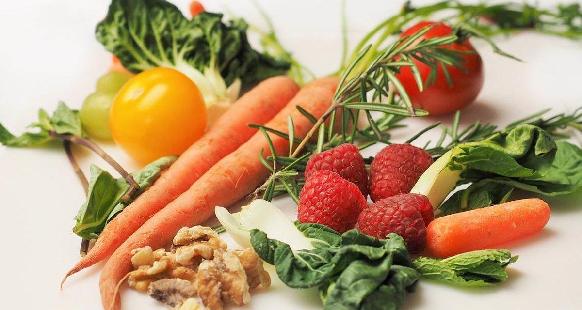 10 pautas alimentarias que te ayudarán a bajar el colesterol malo si lo tienes alto